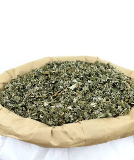 Découvrez nos feuilles coupées de Framboisier bio de haute qualité pour créer votre infusion de feuilles de Framboisier bio fait maison.