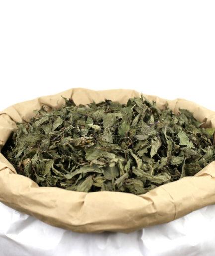 Découvrez notre Menthe Poivrée bio en feuilles entières séchées de haute qualité pour créer votre infusion de Menthe Poivrée bio fait maison.